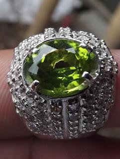 cincin peridot