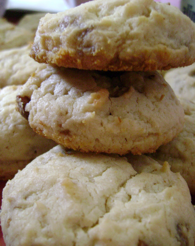 Jo and Sue: Pecan Praline Cheesecake Cookies