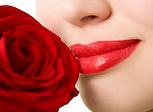 cara memerahkan bibir secara alami tanpa lipstik