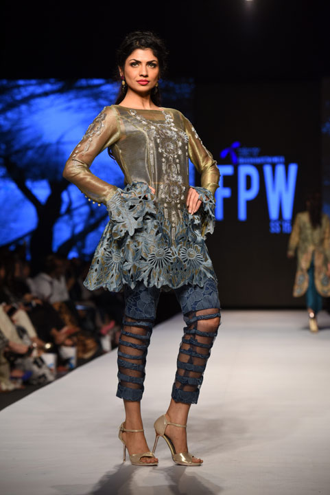 Pakistan Fashion Week, Designer Collection, TFPW15, Telenor Fashion Pakistan Week, Spring Summer 2015, ss15, trends of 2015, fashion week, fashion show in Pakistan, Fashion addiction, Lawn season, Al Karam lawn, fashion blogger, Hot Pakistani Models, redalicerao, red alice rao, Fashion Pakistan Council, Pakistan fashion, Luxury Pret, Pret a porter, Sanam Chaudhri, Zingara