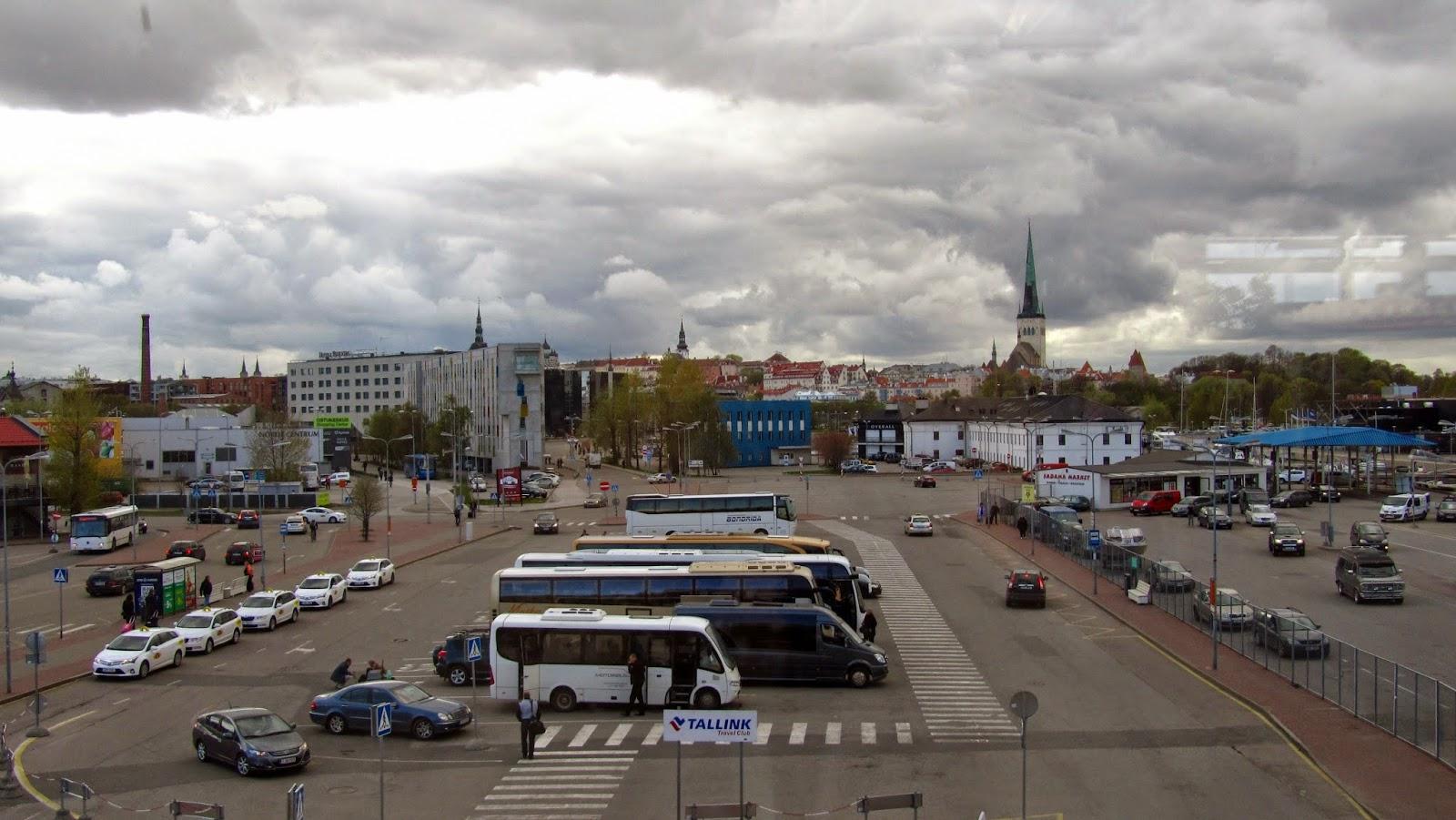 Laukut Tallinnasta : My world by essi p?rnu  osa