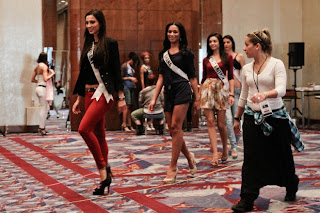 Miss Universe 2011 Contestants exercises4