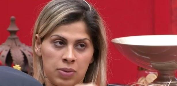 Vanessa discorda do voto de Clara em Marcelo e reclama da namorada