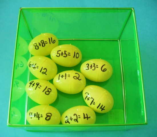 http://learningideasgradesk-8.blogspot.com/2012/04/easter-egg-addition-developing-math.html