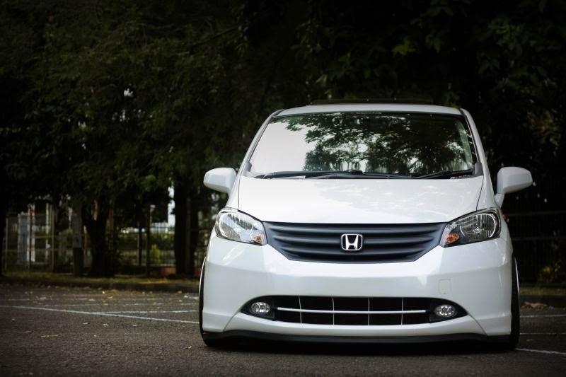 Modifikasi Mobil Honda Freed 2014