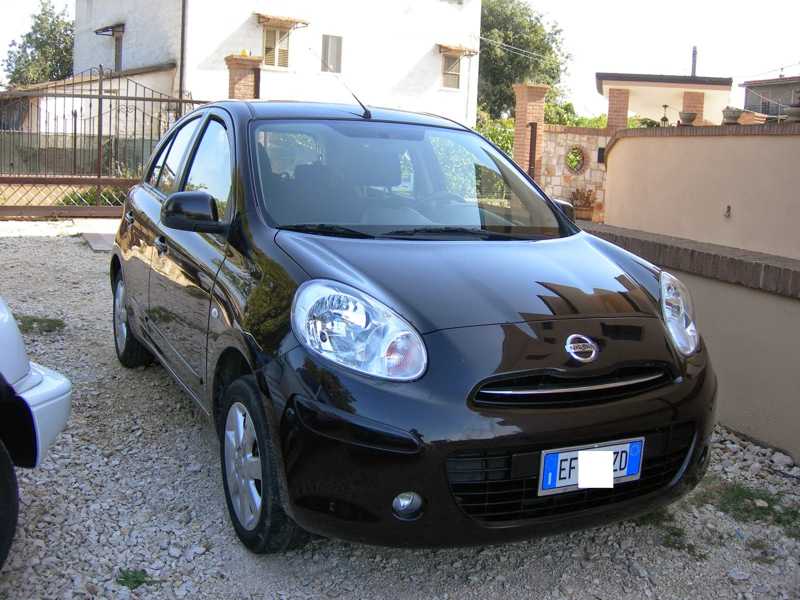 Nissan Micra 1.2 80 Cv Anno 2011 60.000 km acc:Full optional Navi 7.200,00 Euro