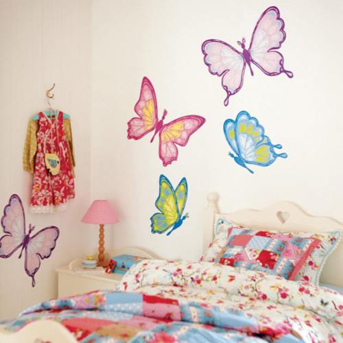 Dormitorios con mariposas dormitorios con estilo for Decoracion para pared rosa