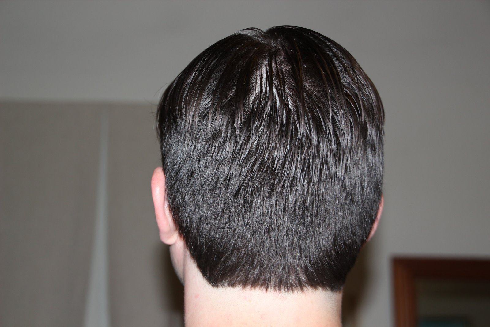 Back of head hairstyles guys