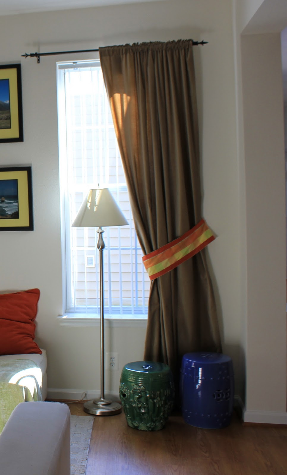 One curtain panel - So If You Re Keeping Track That S One Panel Down One Panel Left When It Came Time To Determine My Thanksgiving Table Theme I Knew I Wanted To