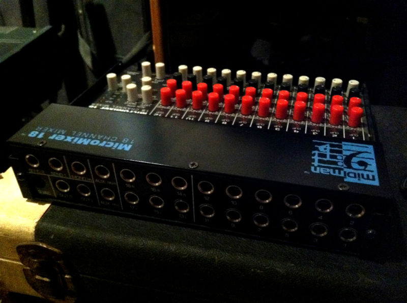 MIDIMAN Synthesizer Keboard Mixer micro mixer 18. via this auction