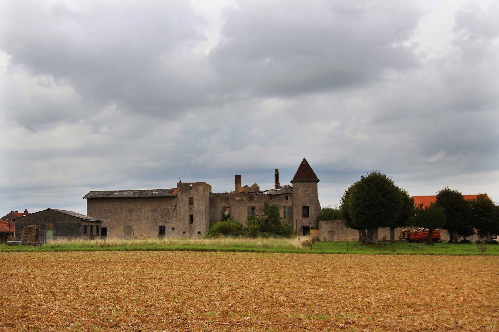 Glatigny France