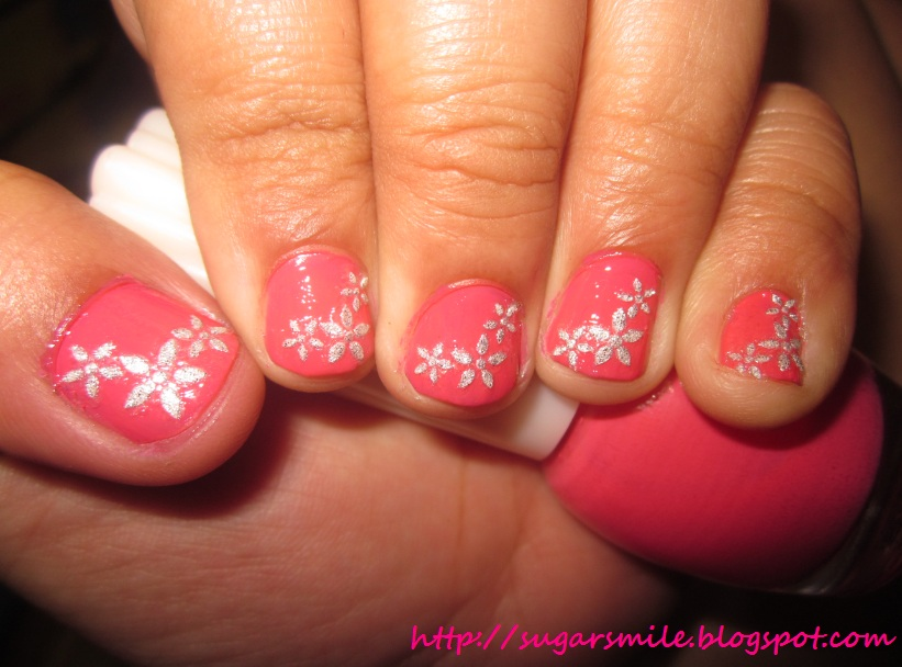 Nail Art: Flower Power