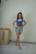 Komal Jha trendy Photo shoot Gallery-thumbnail-5