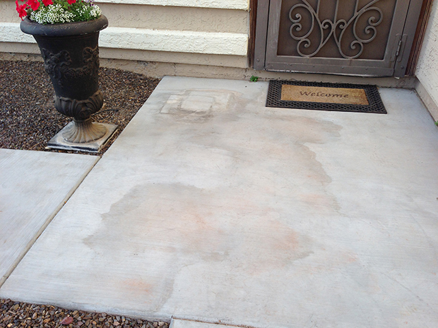 Water/Soil Stains on Concrete