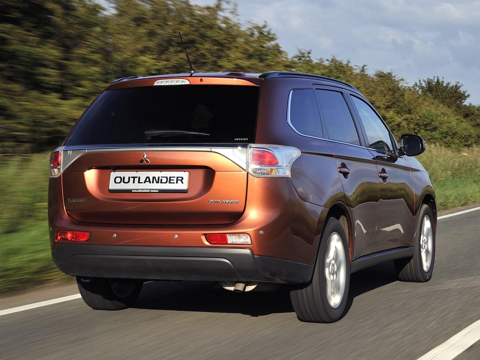 novo Mitsubishi Outlander 2014 traseira