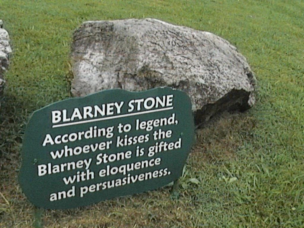 http://4.bp.blogspot.com/-mP5rJBogRes/TZinbWy_GrI/AAAAAAAAALo/osyoqEKIP-s/s1600/blarney.jpg