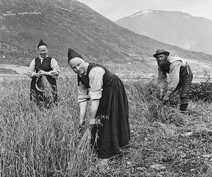 Norveçli Köylü Kadınlar