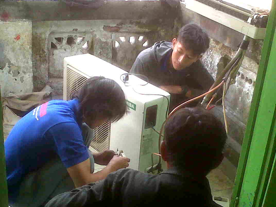 Service dan perbaikan ac surabaya