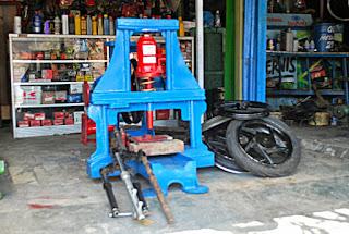 alat press velg racing motor