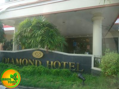 Nginap di Hotel Diamond, Samarinda, Kalimantan Timur.