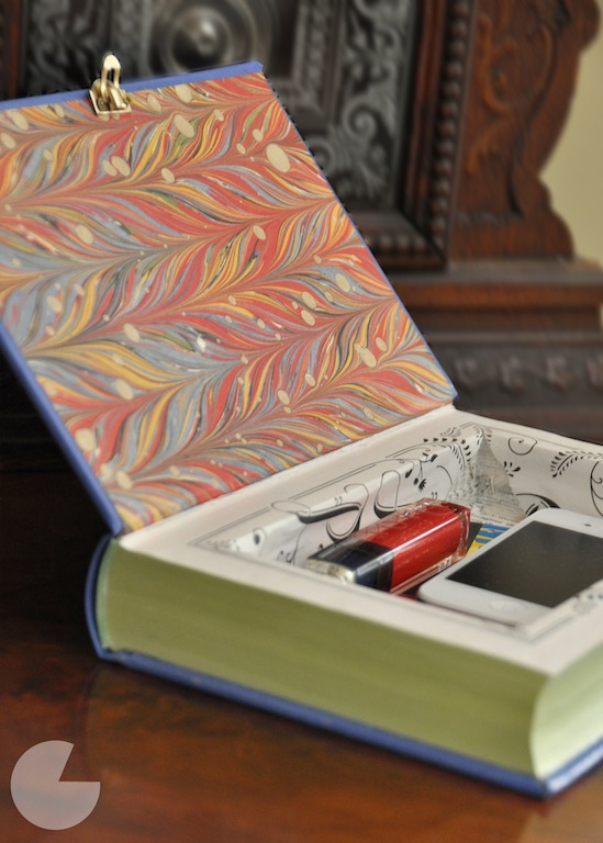 TeenBookaLover: What to do with books you no longer want