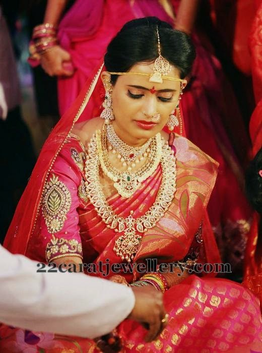 Bride in Large Mango Mala Kasu Haram