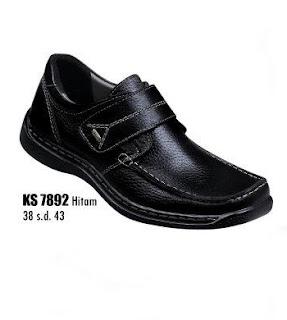 Model sepatu kerja pria terbaru bahan kulit warna hitam size 38 sd 43