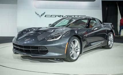 Chevy Flashes the Digital Dash of the 2014 Corvette Stingray