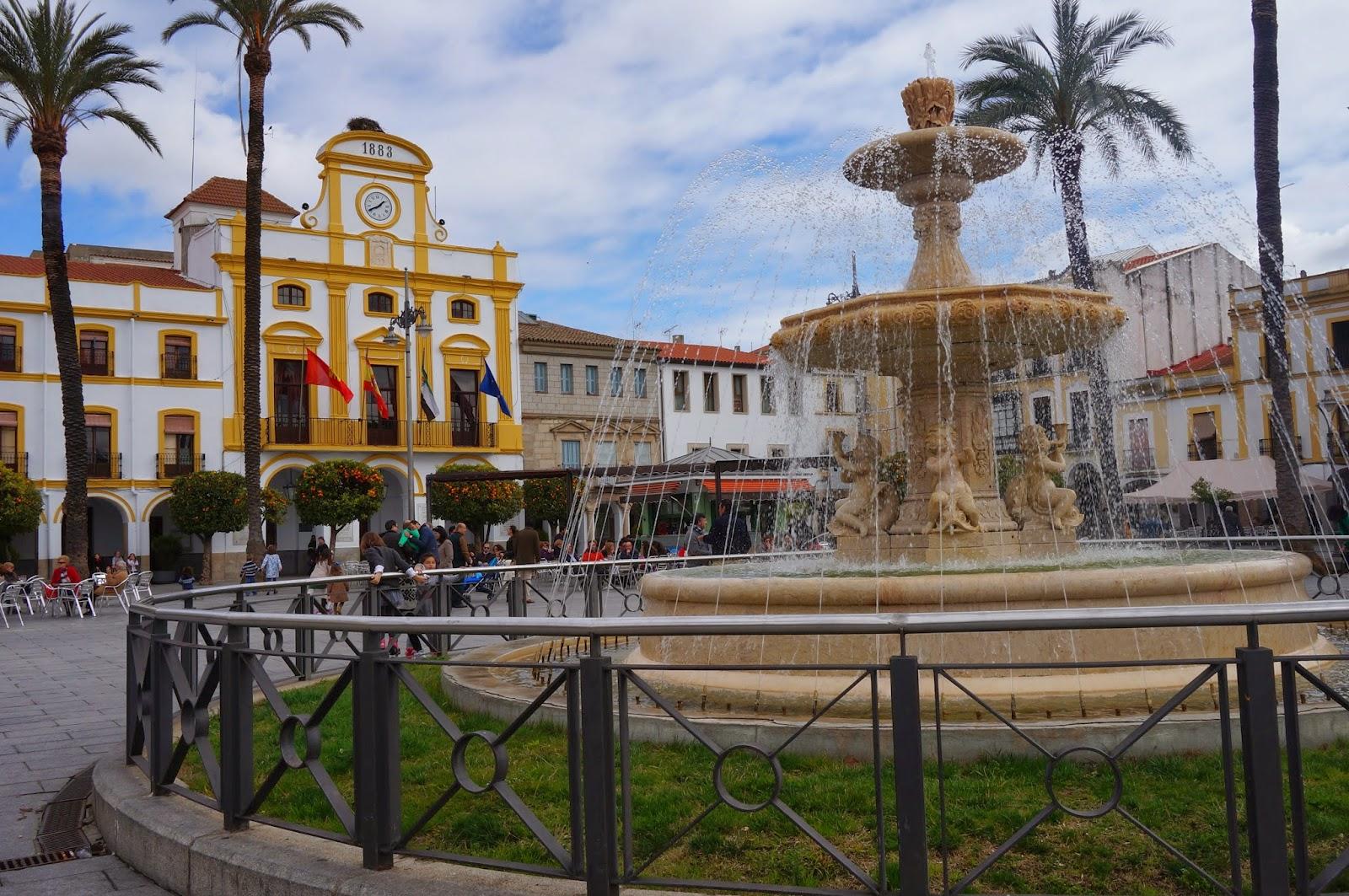 Plaza España. Ayuntamiento de Mérida