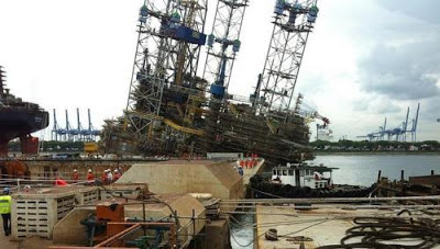 About 90 injured, 1 in critical condition, when Jurong shipyard rig tilted