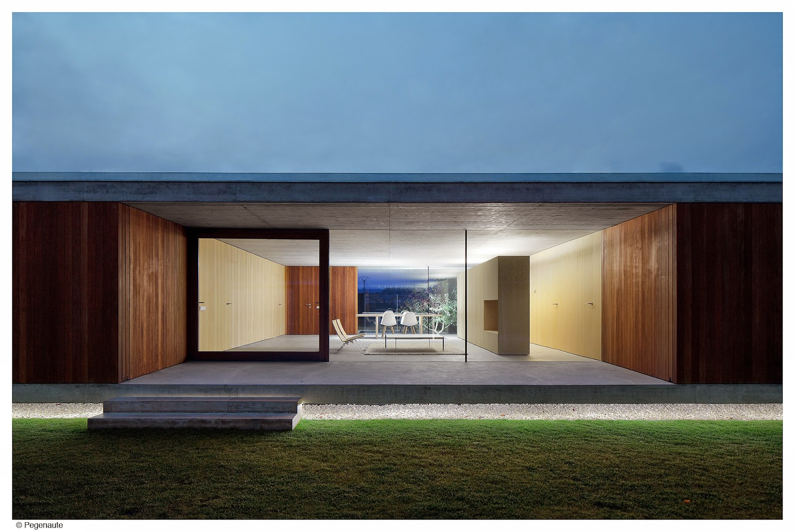 Arquitectura zona cero tras el cristal vivienda for Vivienda unifamiliar arquitectura