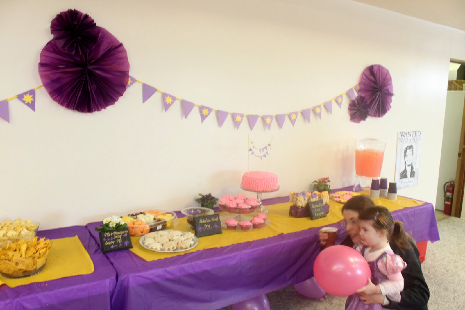 EATSLEEPMAKE PARTY Tangled Birthday Party Food and Decorations