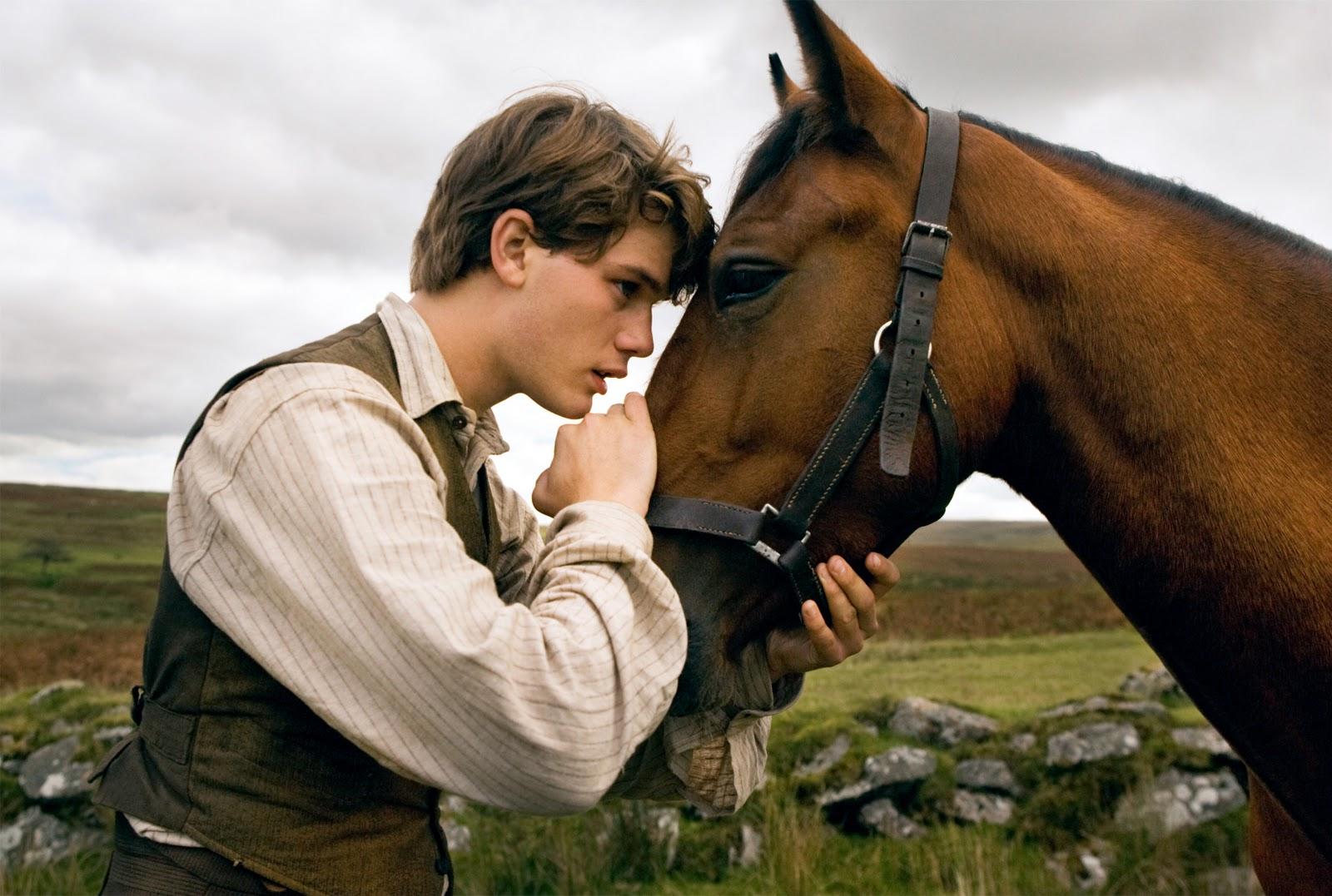 http://4.bp.blogspot.com/-mQLvNCDs620/Twqsz2MYzmI/AAAAAAAAAWM/nOrurq48Y1Q/s1600/War+Horse.jpg