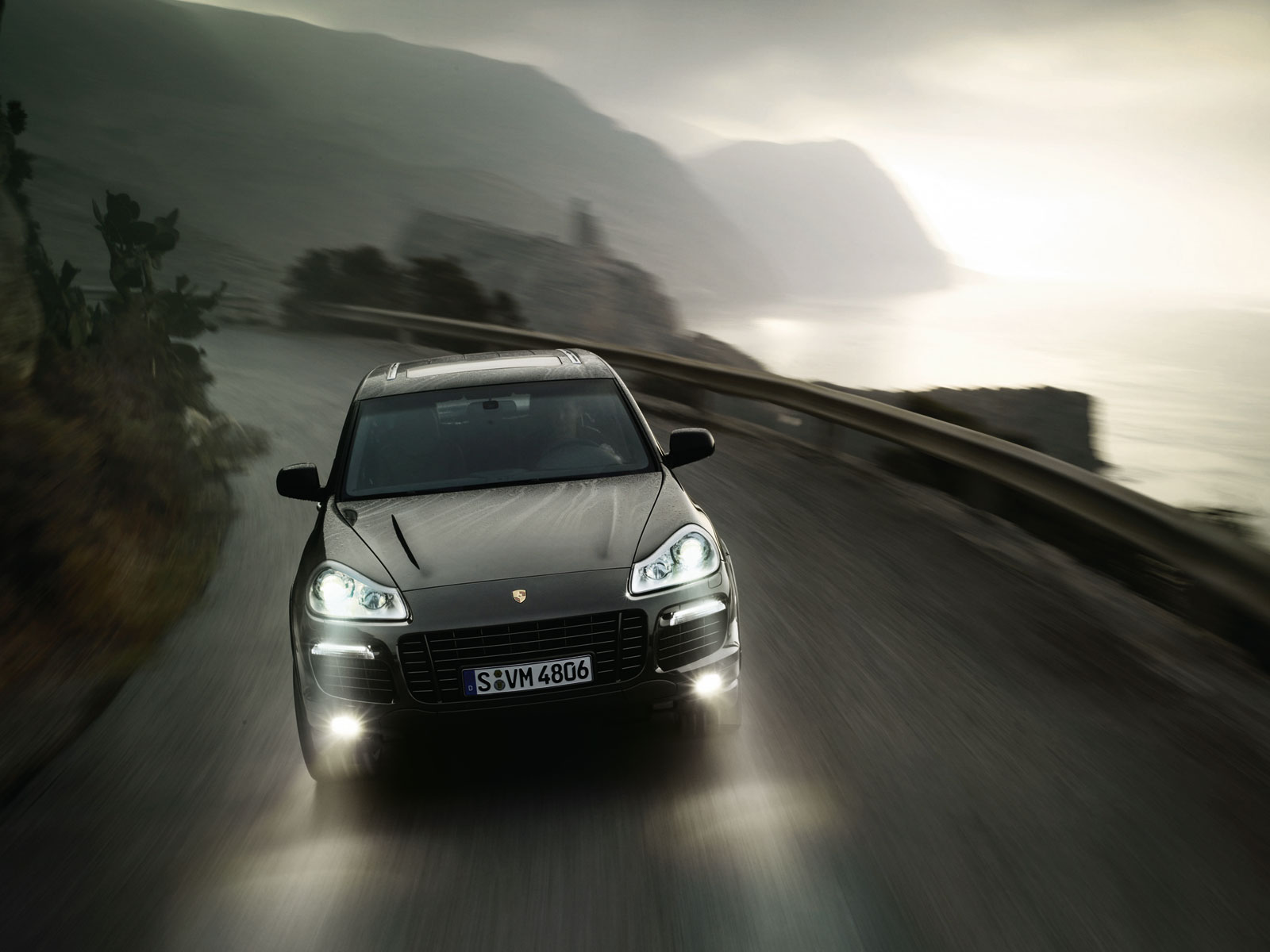 Porsche Cayenne Turbo Wallpapers