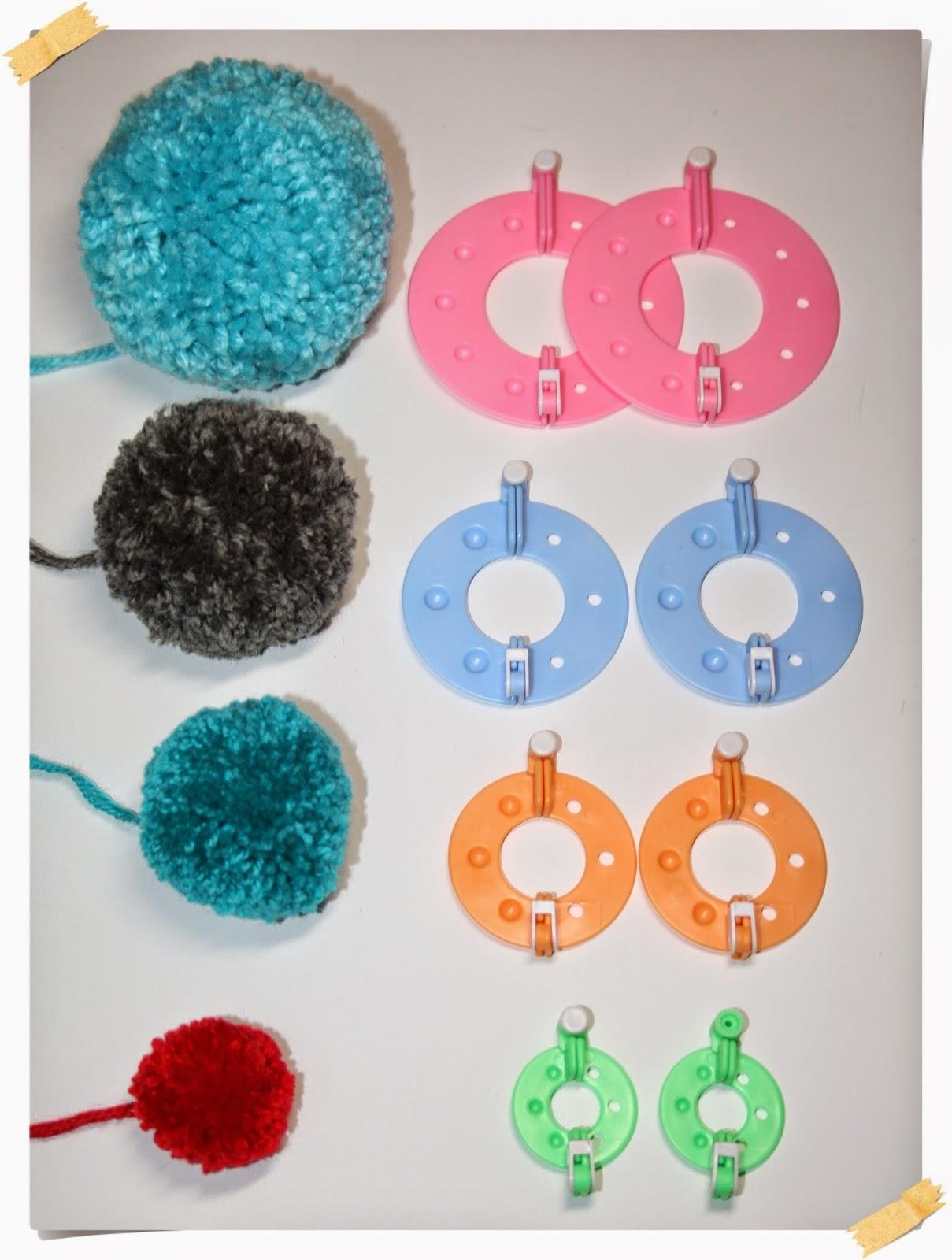 Hacer pompones de lana con un kit - Como hacer pompones con lana ...