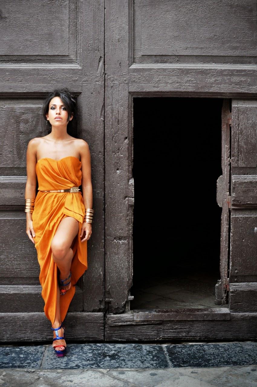 model-chic-etoile-fashion-greek-dress