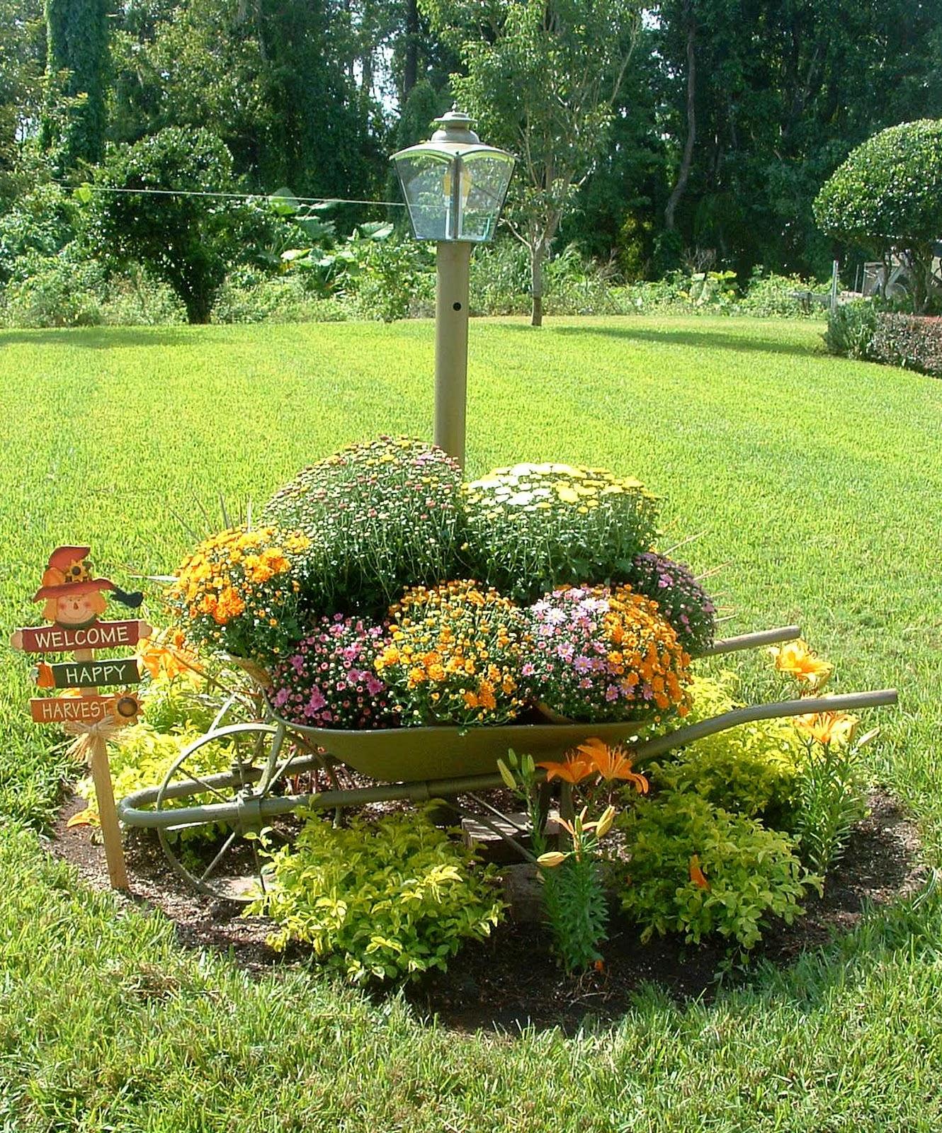 ideias para decorar meu jardim:Fall Yard Decoration Ideas