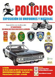POLICIAS: EXPOSICIÓN DE UNIFORMES Y MATERIAL