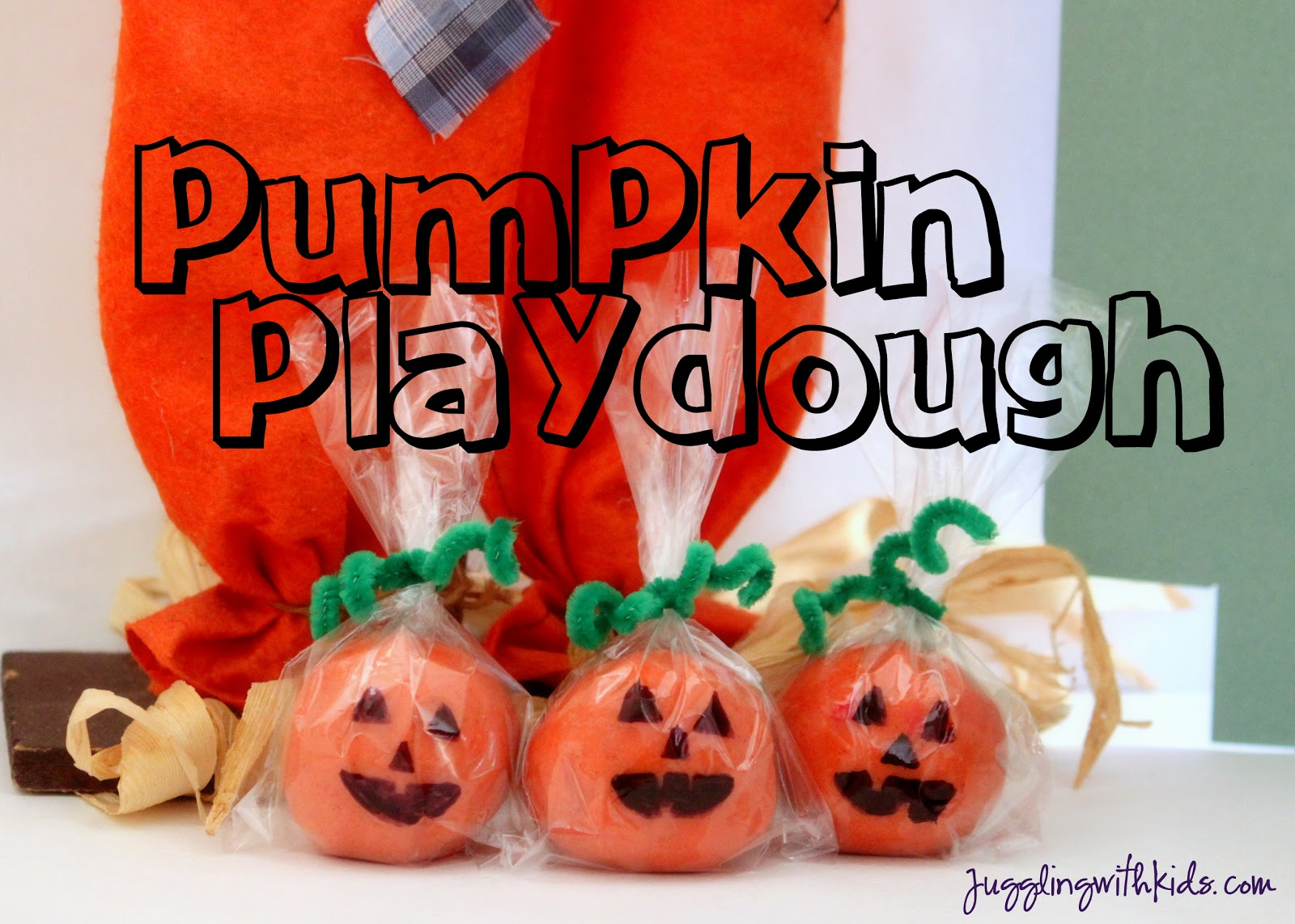 Classroom Birthday Party Favors ~ Cute pumpkin spice playdough gifts juggling with kids