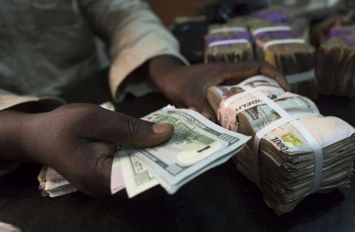 Breaking News: Naira Now Exchanges At 300 Naira Per Dollar