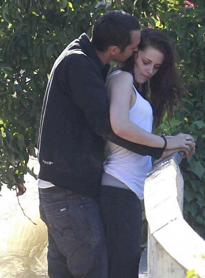 kristen stewart rupert sanders kissing