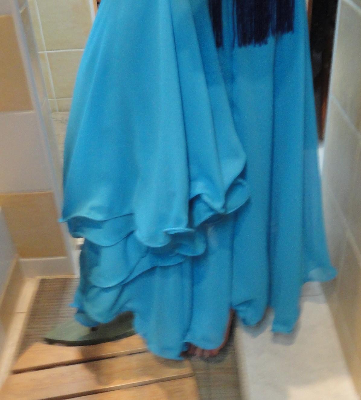 Miss coco vide son dressing montpellier h rault 34 ensemble bleu nuit de danse orientale - Vide dressing montpellier ...