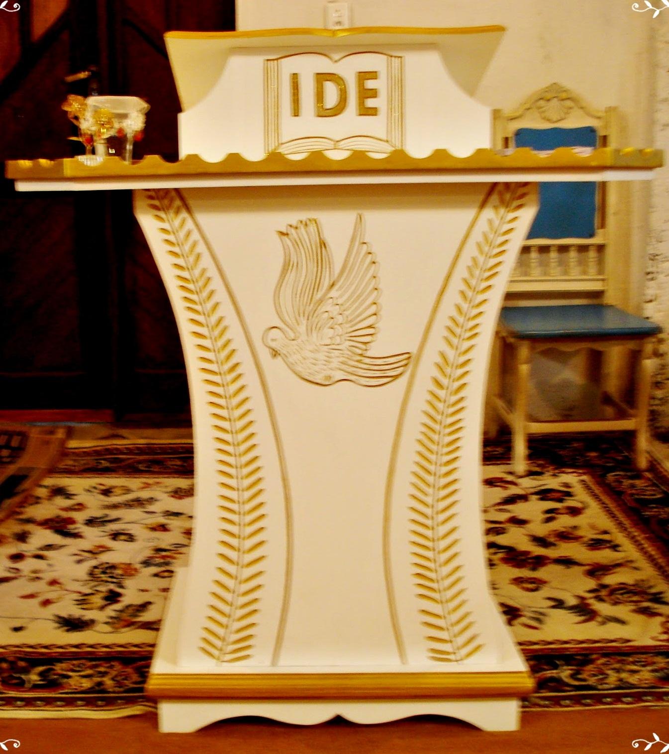 Arte em madeira: Púlpito Mesa para Santa Ceia Mesa de Som #7F3204 1345x1515