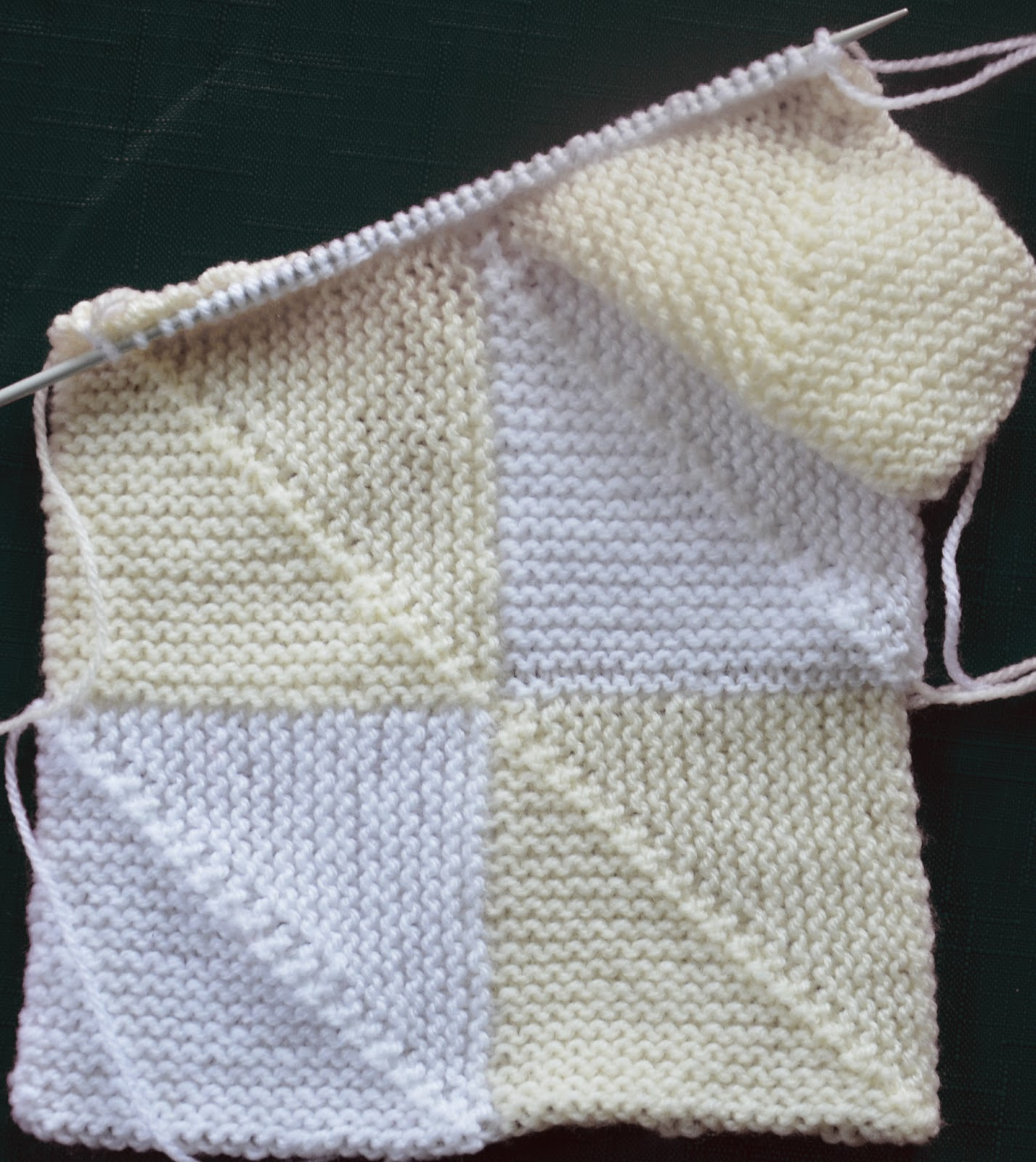 Domino Knitting Blanket Pattern : The Curious Krafter: Domino Baby Blanket