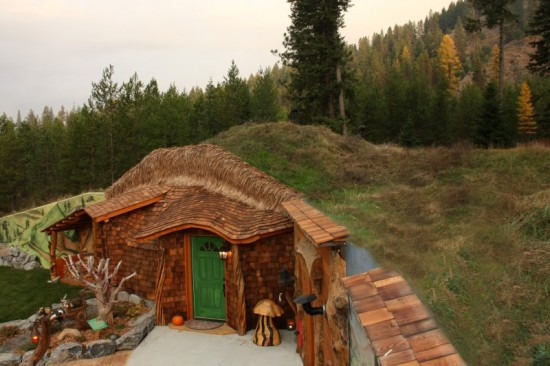 Real Life Hobbit Shire Exists in the Hillsides