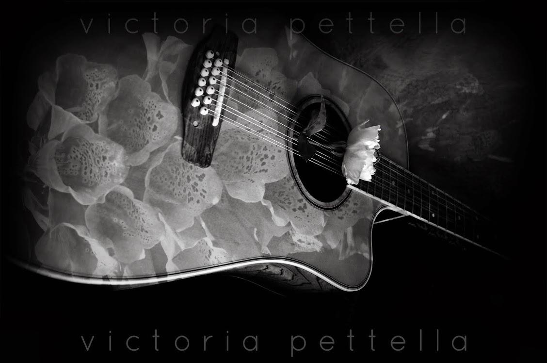 guitar-flora