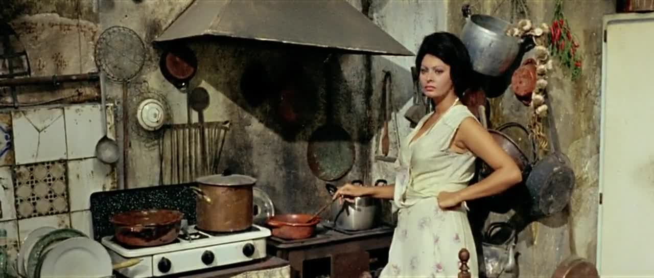 Ayer, hoy y mañana (1964) Vittorio De Sica