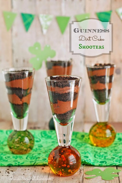 Guinness Dirt Cake Shooters @www.thesweetchick.com