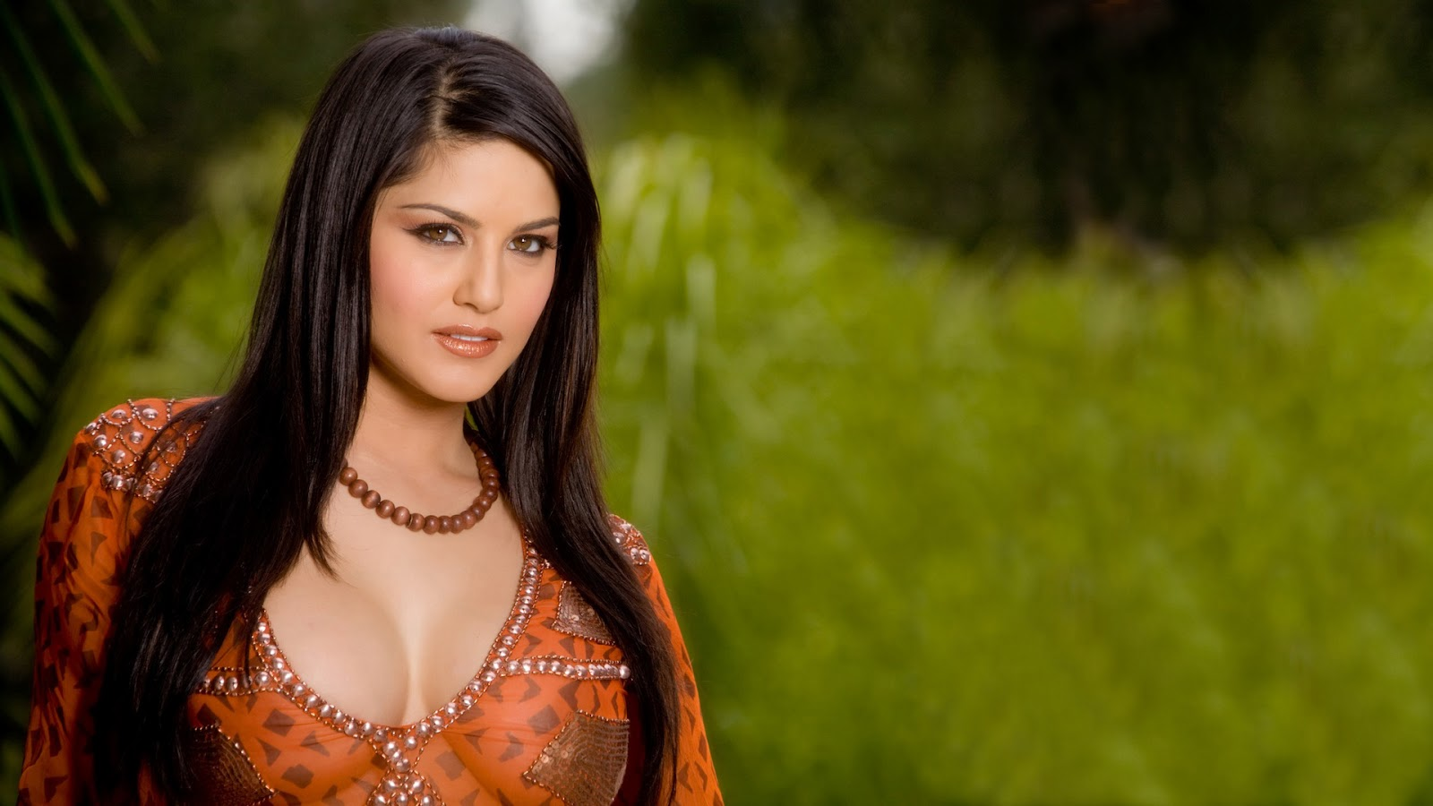 sunny leone asked to lose 5 kgs