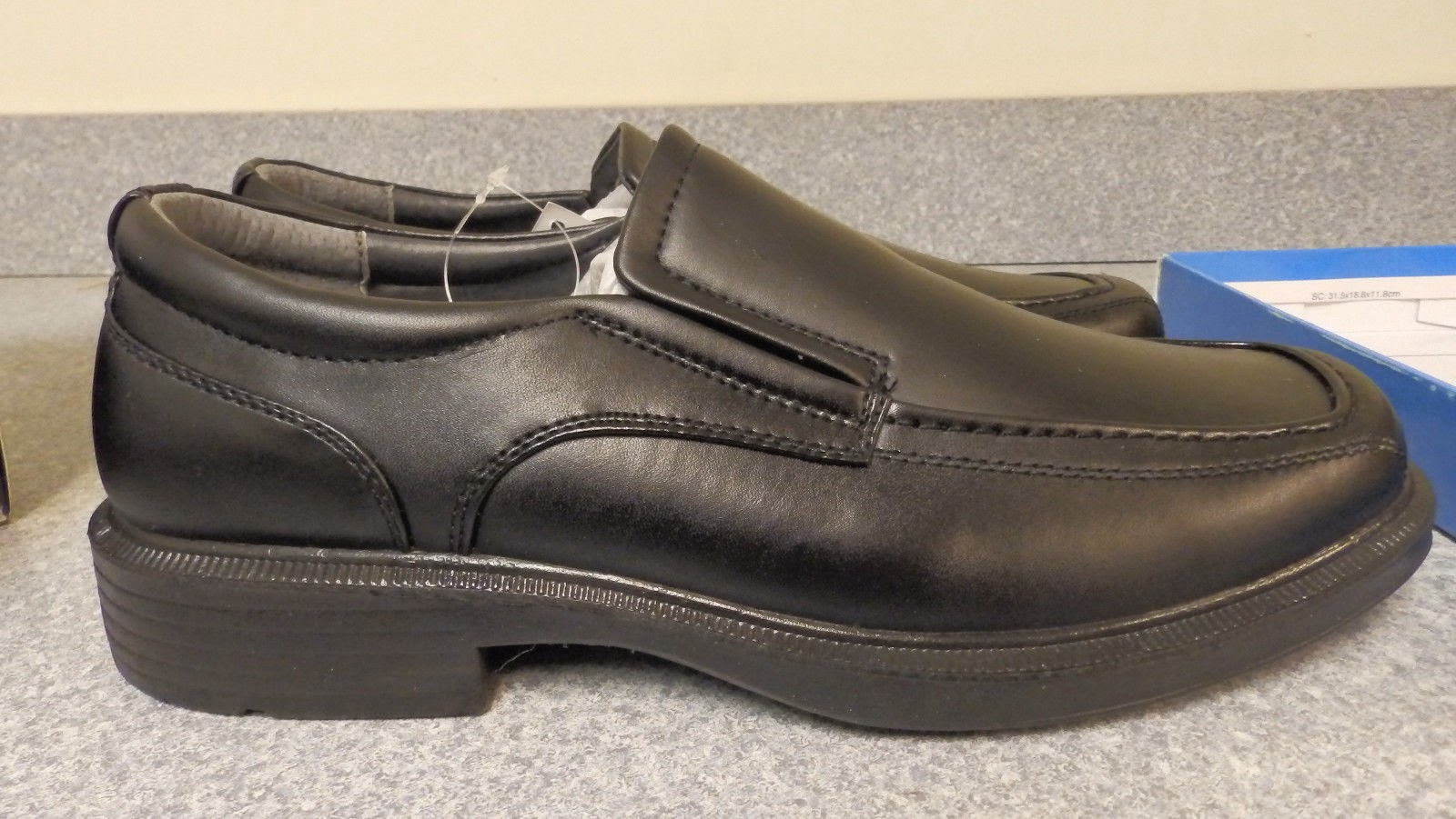 http://www.ebay.com/itm/Soft-Stags-Mens-shoes-Mason-Black-size-10M-Vegan-/321689700351?pt=LH_DefaultDomain_0&hash=item4ae63347ff